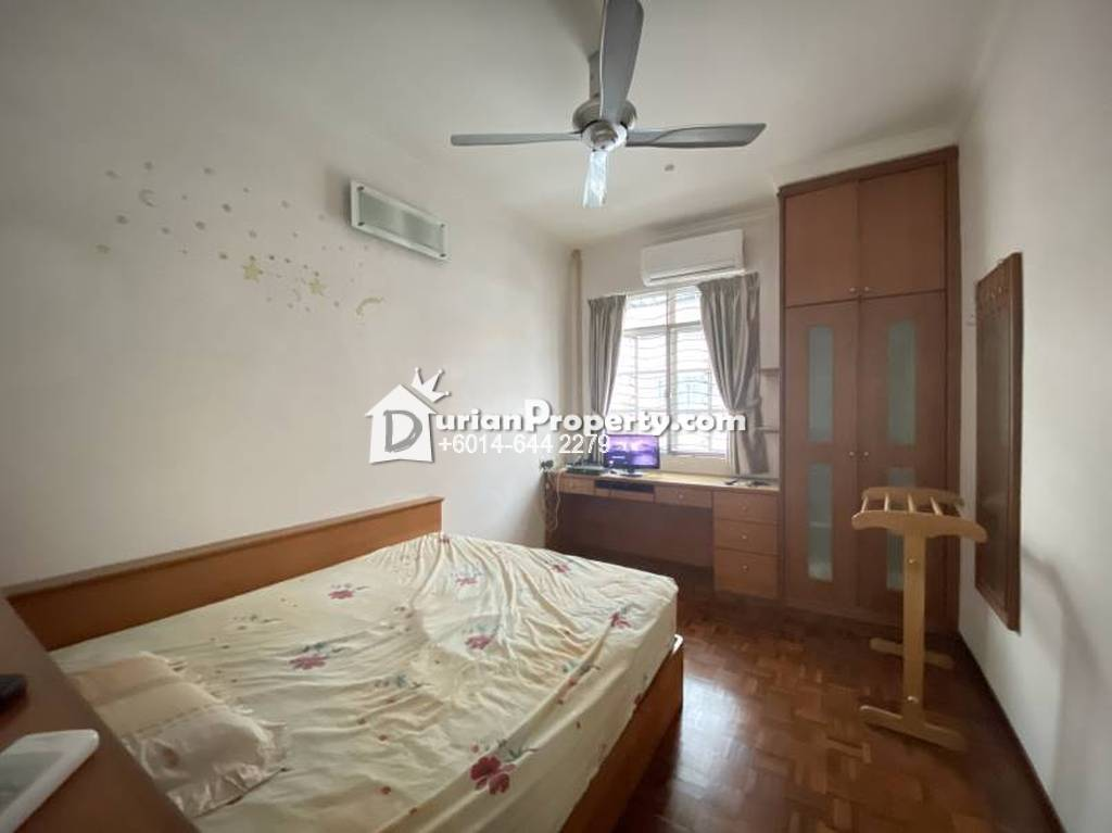 Terrace House For Sale at Pantai Jerjak, Bayan Lepas