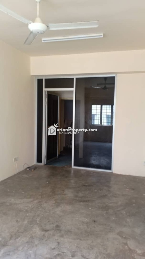 Shop Office For Sale at Oakland Commercial Centre, Seremban