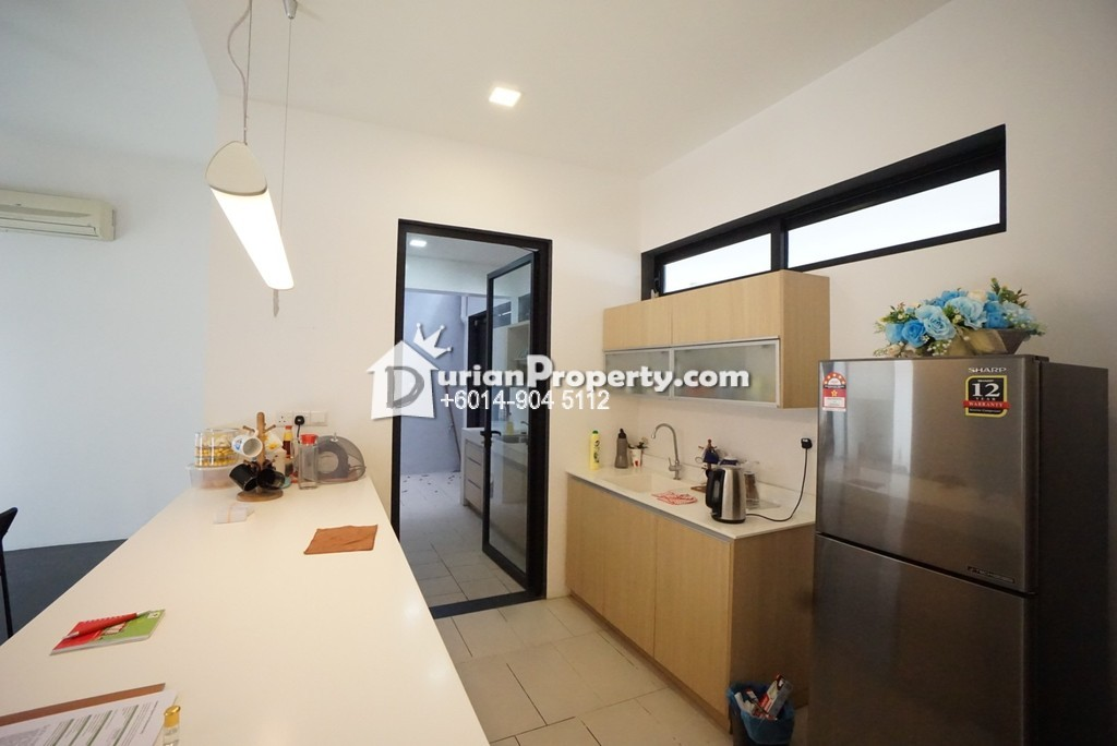 Terrace House For Sale at 20 Trees Residences, Melawati