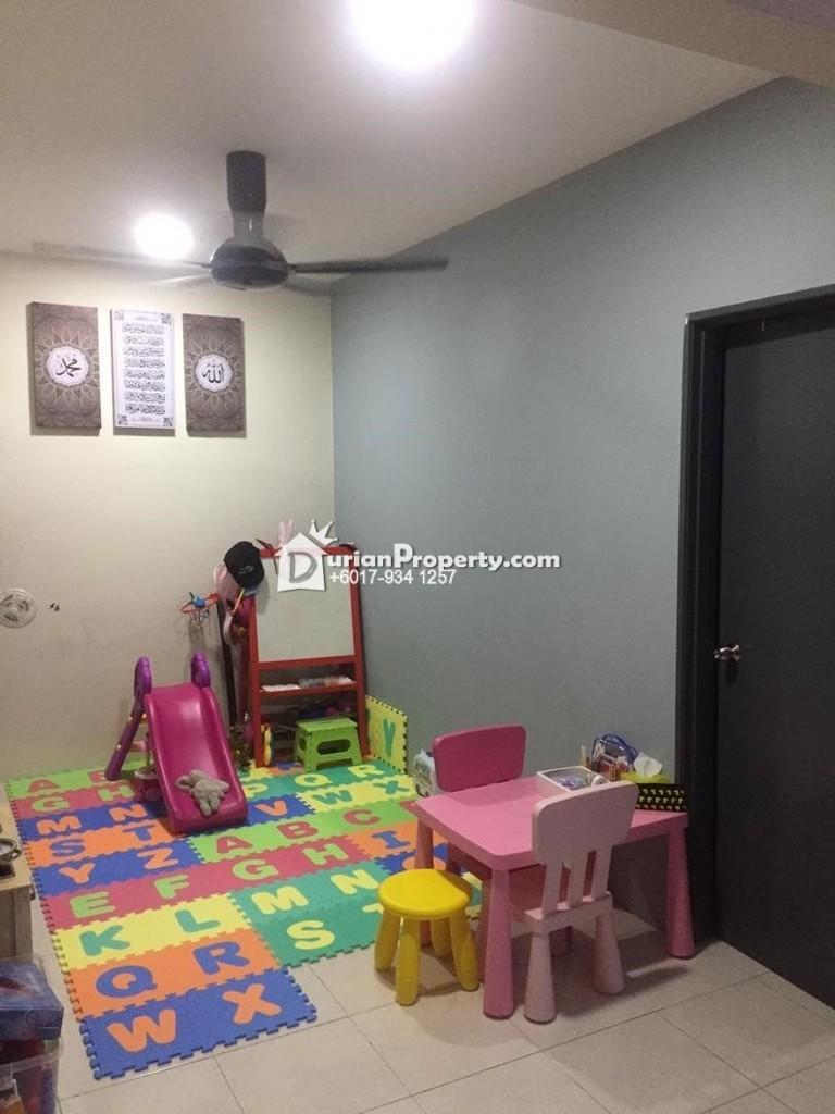 Condo For Sale at Hijauan Height, Kajang