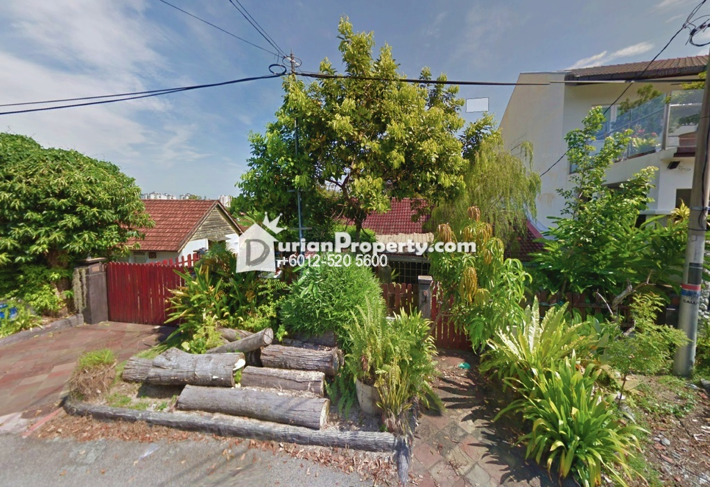 Bungalow House For Auction at Georgetown, Penang