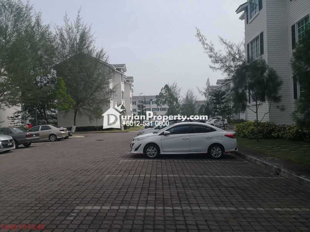 Townhouse For Auction at The Residence, Kampar