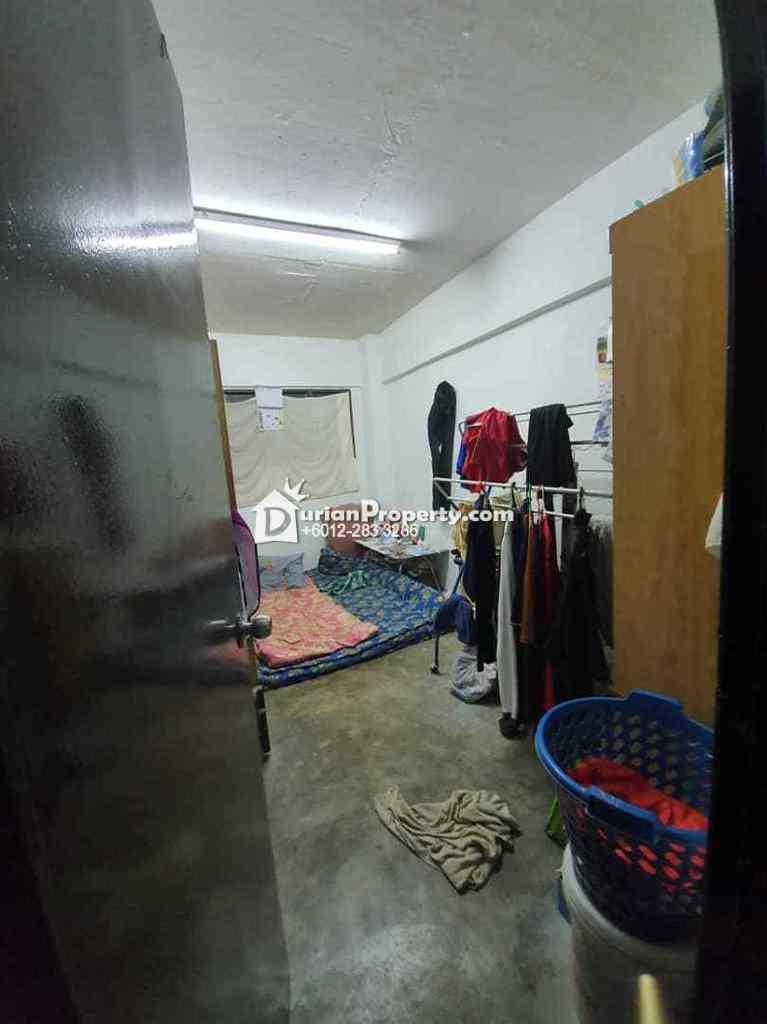 Apartment For Sale at Pangsapuri Cempaka, Seri Kembangan