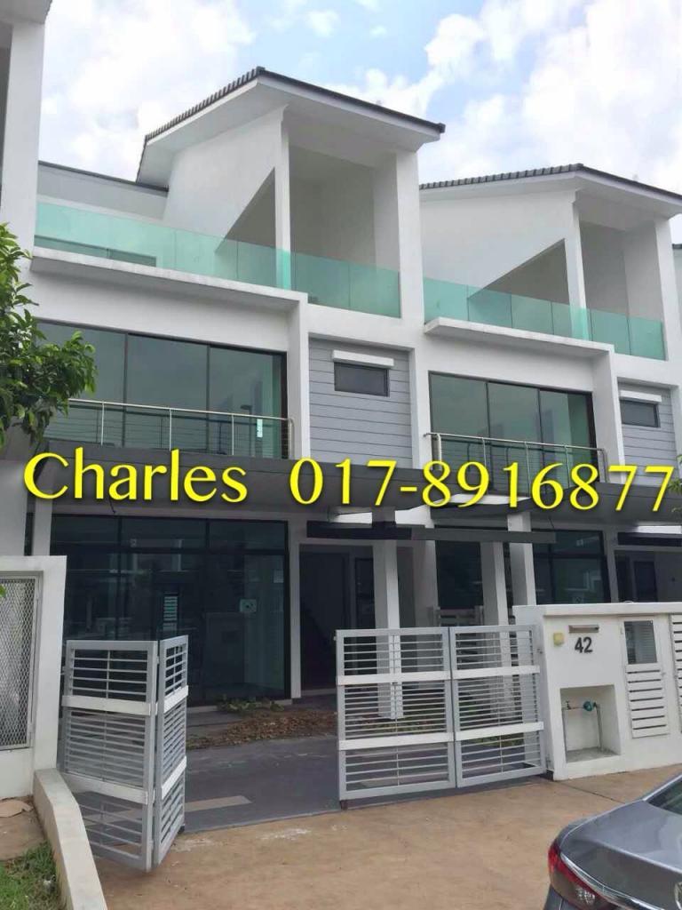 Bungalow house for sale at denai alam shah alam for rm for Bungalow house for sale