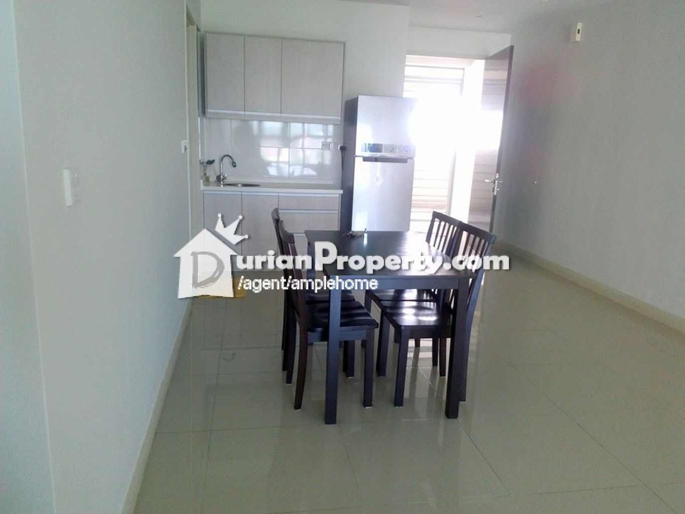 Covillea Room For Rent
