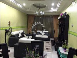 Property for Sale at Villa Putera