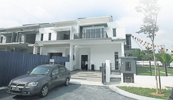 Property for Sale at Skyvilla