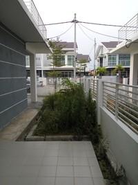 Cluster For Sale at Royal Ivory 2, Bandar Saujana Putra
