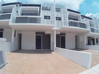 Property for Sale at LakeClub Parkhome