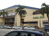 Property for Auction at Holiday Plaza