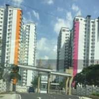 Property for Auction at Seasons Luxury Apartments