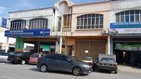 Property for Sale at Taman Pinggiran Subang