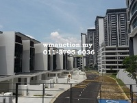 Property for Auction at Cristal Residence