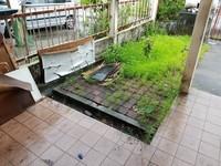 Terrace House For Rent at Puchong Utama Court 1, Bandar Puchong Utama