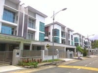 Property for Sale at Green Hill Park