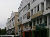 Property for Sale at Kompleks Diamond