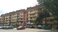Property for Auction at Valencia Apartment