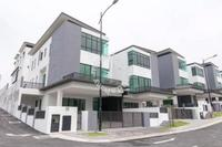 Property for Sale at New Green Park