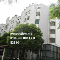Property for Auction at Fawina Court