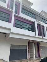 Shop Apartment Room for Rent at Taman Muzaffar Heights, Melaka