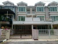 Property for Auction at Taman Nyaman Indah