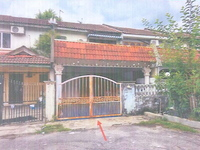 Property for Auction at Taman Pinggiran