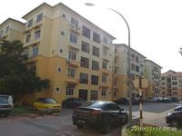 Property for Auction at E-Mas Villa