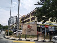 Property for Auction at Platinum Walk