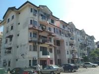 Apartment For Auction at Kenari Court, Pandan
