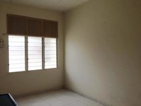 Terrace House Room for Rent at Taman Ipoh, Ipoh