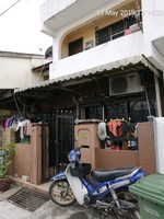 Property for Auction at Taman Beringin