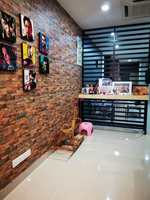 Property for Sale at Paragon 129