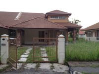 Property for Rent at Villa Tanjung Permai
