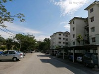 Property for Auction at Camelia Court