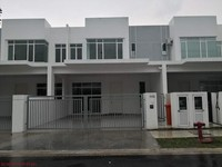 Property for Auction at Residensi SIGC