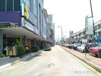 Property for Auction at Season Square