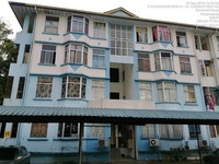 Property for Auction at Country Heights Apartments 3