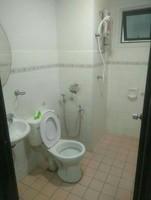 Condo For Rent at Condominio Riviera Bay, Tanjong Kling
