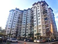 Property for Rent at Estana Court