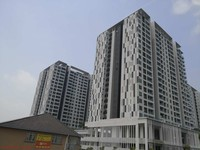 Property for Auction at Paragon 3