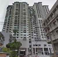 Property for Auction at The Vistana Residences