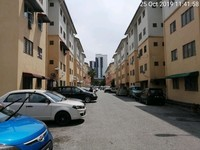 Apartment For Auction at Garden Avenue, Seremban 2