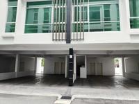Townhouse For Auction at The Maven, Bandar Baru Air Putih