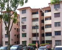 Apartment For Auction at Sri Raya Apartment, Ukay