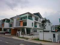 Property for Sale at Palmiera Kinrara Residence