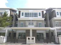 Property for Sale at Tiara South