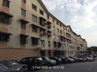 Flat For Auction at Taman Bunga Raya, Rawang