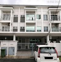 Property for Auction at Taman Aman Permai