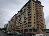 Apartment For Auction at Pangsapuri Cempaka, Seri Kembangan