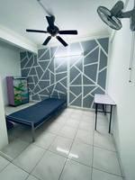 Terrace House Room for Rent at Sungai Besi, Kuala Lumpur